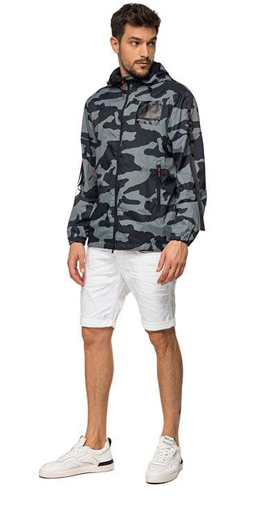 chaqueta-para-hombre-camo-printed-nylon-replay